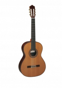 Классическая гитара PEREZ 690 Cedar