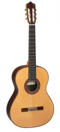 Классическая гитара PEREZ 711 Spruce