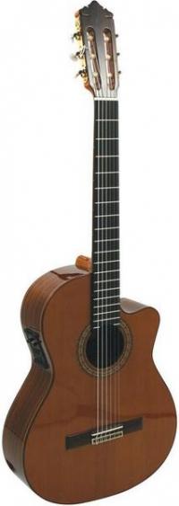 Классическая гитара с подключением PEREZ 650 Cedar E2
